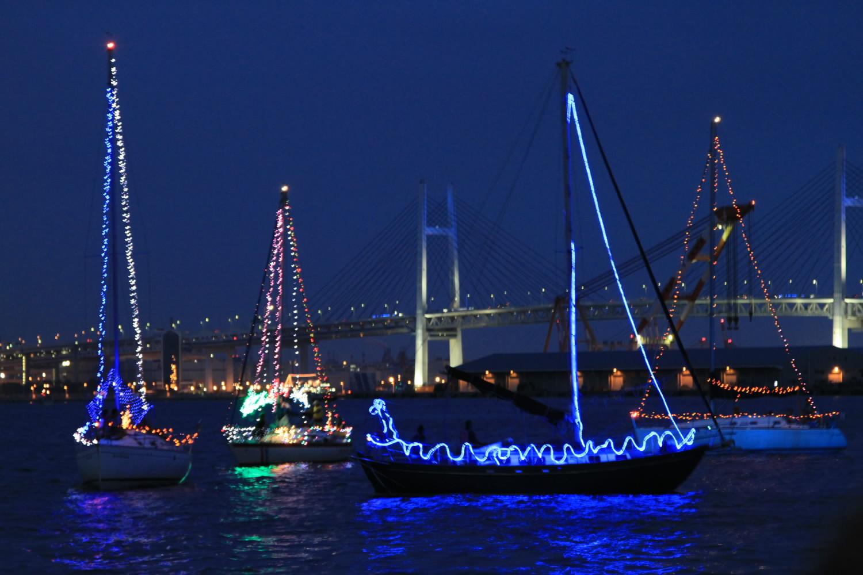 横浜スパークリングトワイライト船装飾