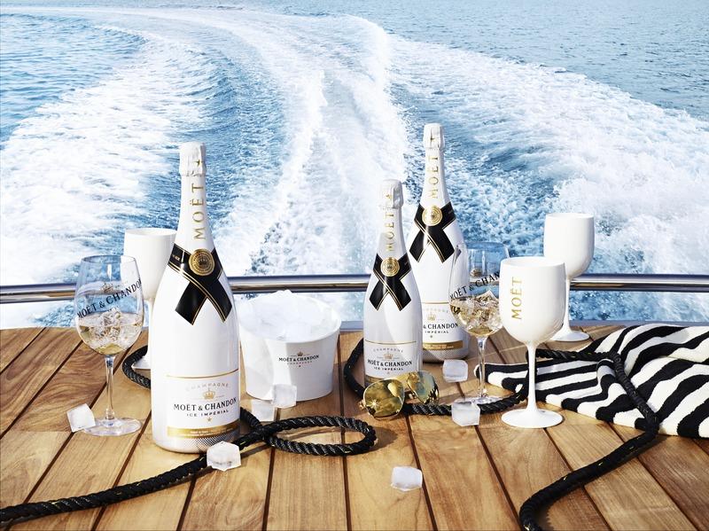 シャンパンと海