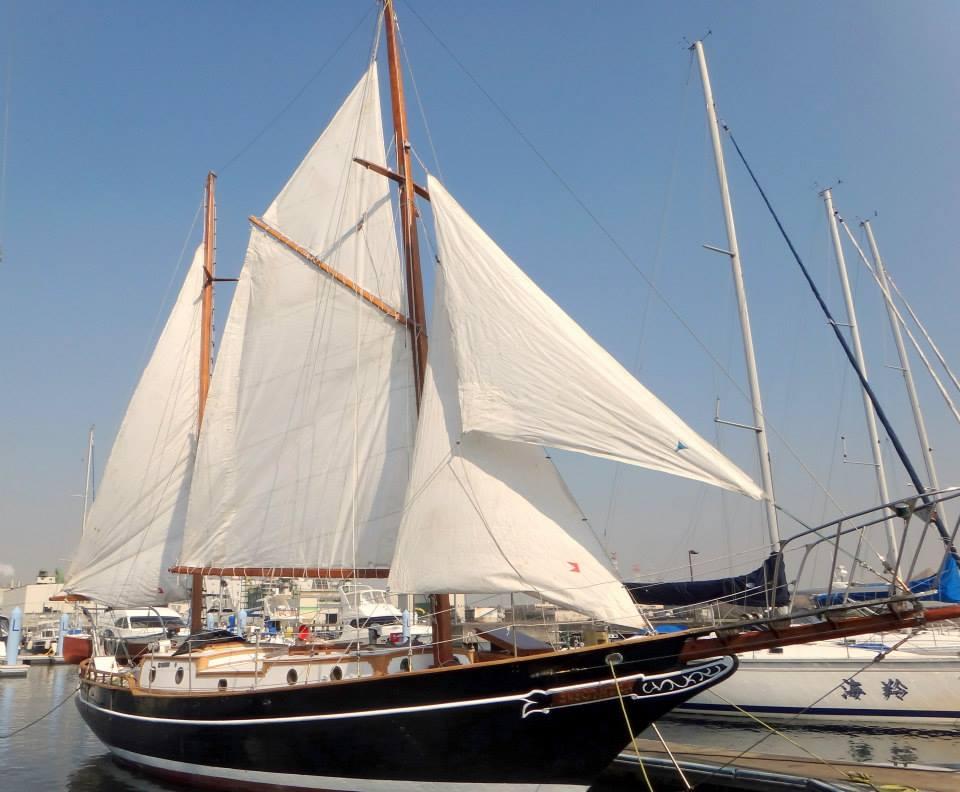 ロマン溢れるクラシックな木造帆船『クレオパトラ』