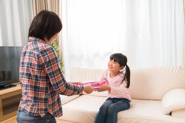 親から子どもへプレゼント