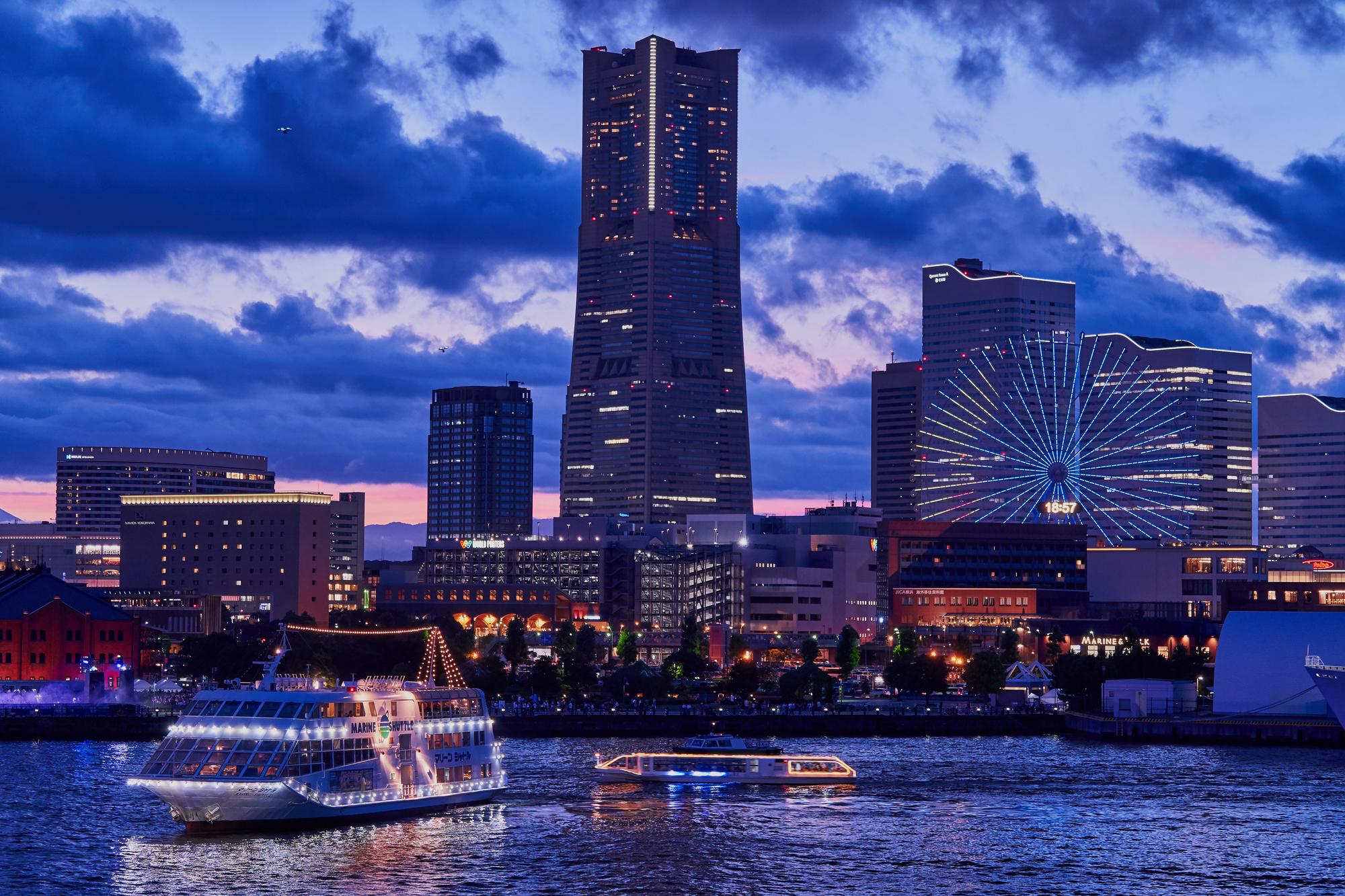 横浜港周辺の美しい夜景