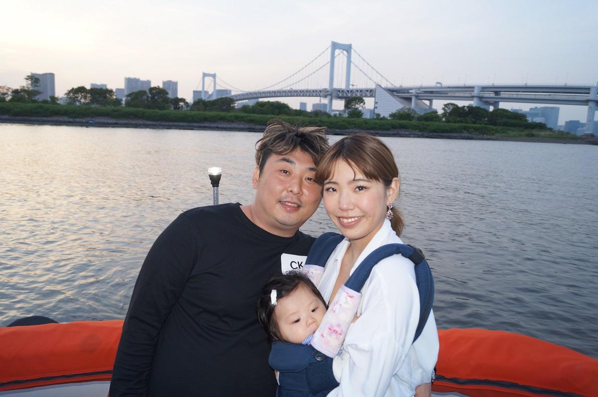 レインボーブリッジ前での家族写真